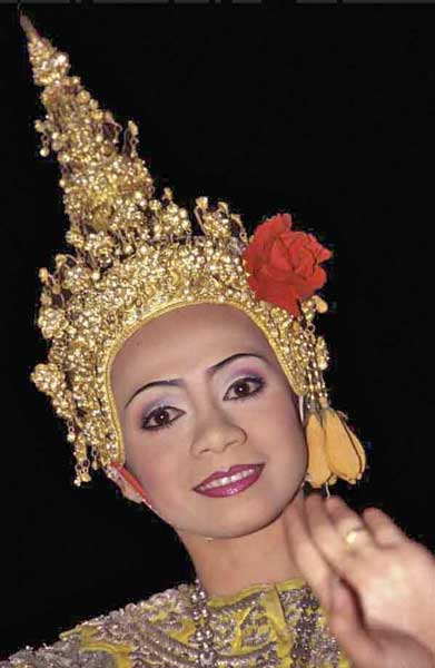 thai dancer-AsiaPhotoStock