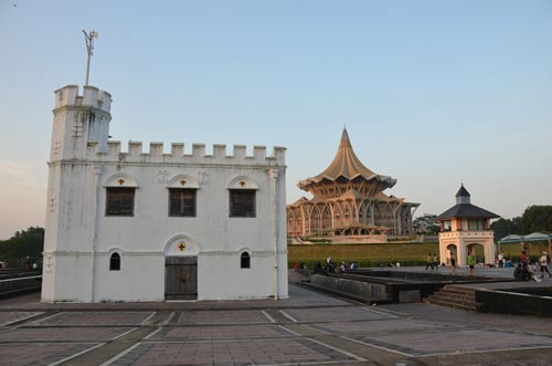 tower kuching-AsiaPhotoStock
