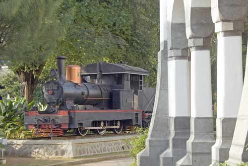 train in semarang-AsiaPhotoStock