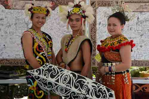 tribal dancers kuching-AsiaPhotoStock