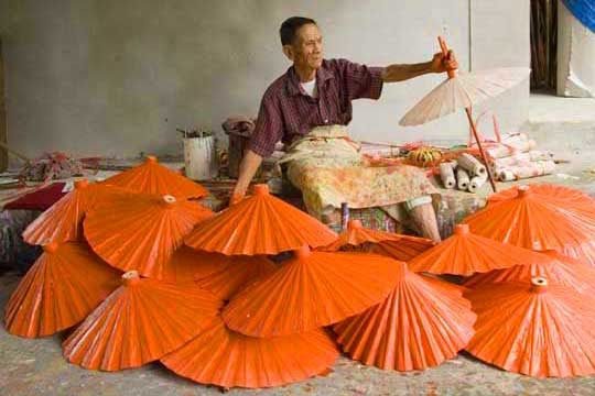 painting umbrellas-AsiaPhotoStock