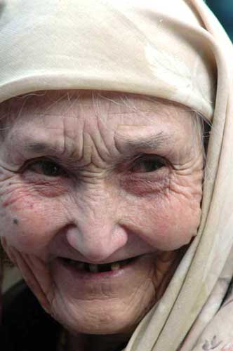 xinjiang old lady-AsiaPhotoStock