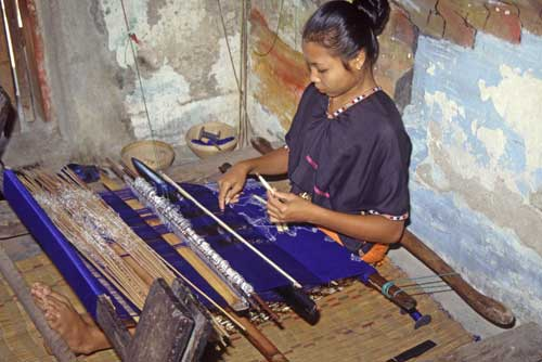 lombok weaving-AsiaPhotoStock