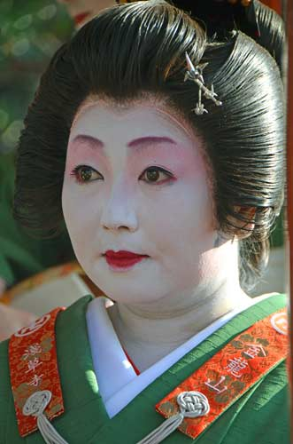 white face geisha-AsiaPhotoStock