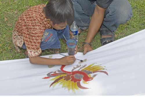 youth batik-AsiaPhotoStock